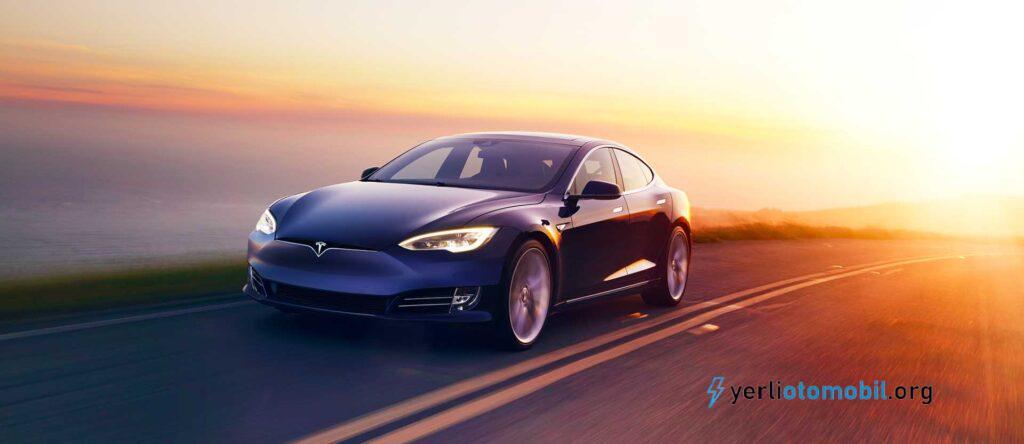 Tesla Model S ve Kia Niro EV en iyi elektrikli araç olma yarışı