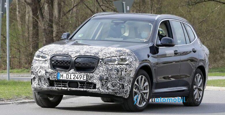 2022 BMW iX3 makyajlı görüntüleri