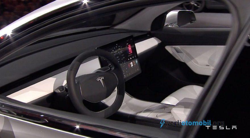 Tesla Model 3 incelemesi