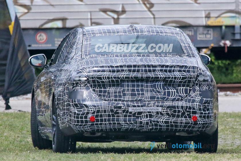 2022 BMW 5, Elektrikli, Hibrit ve içten yanmalı motor ile gelecek?