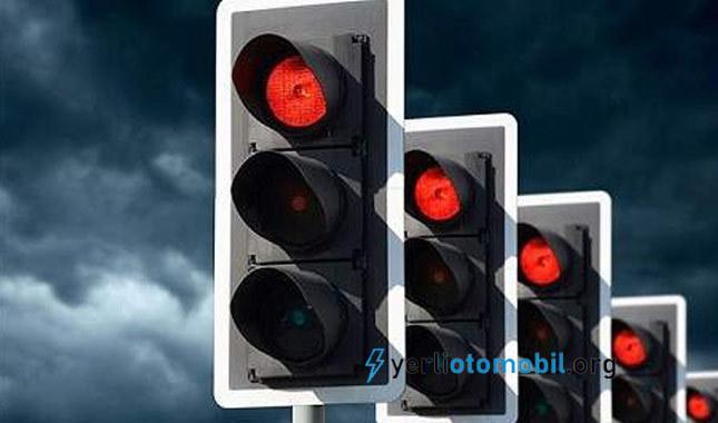 Araba Işıklarda Nasıl Durdurulur?