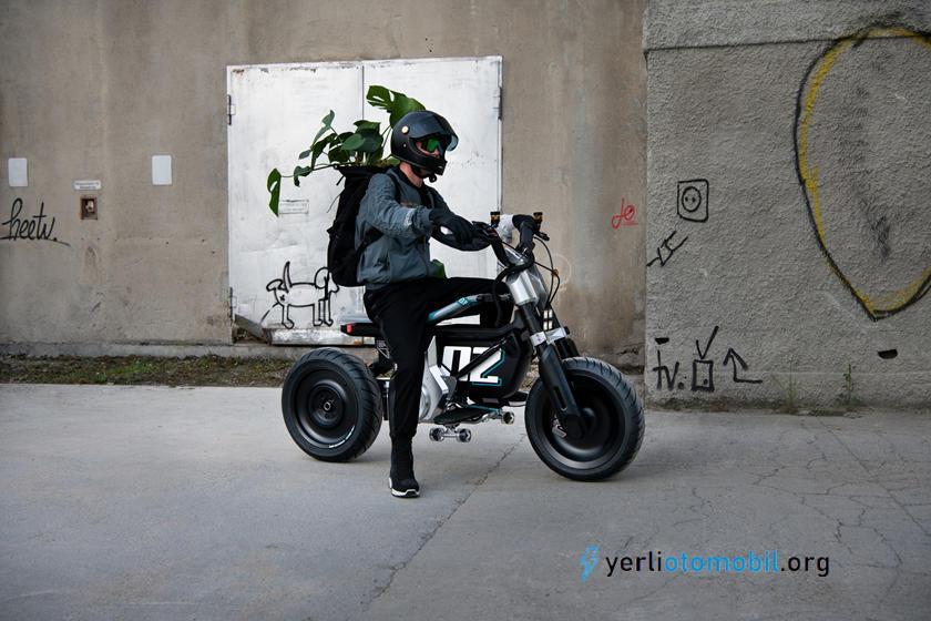 BMW Elektrikli Scooter Konsepti Sundu!