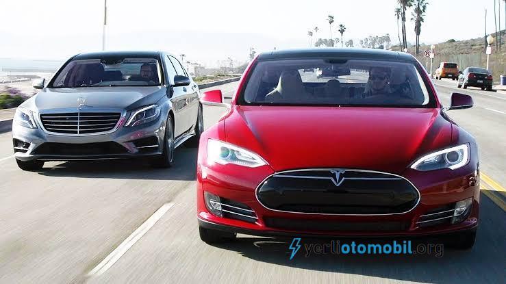 Tesla Model S ve Mercedes S-Class Drag Kapışması!